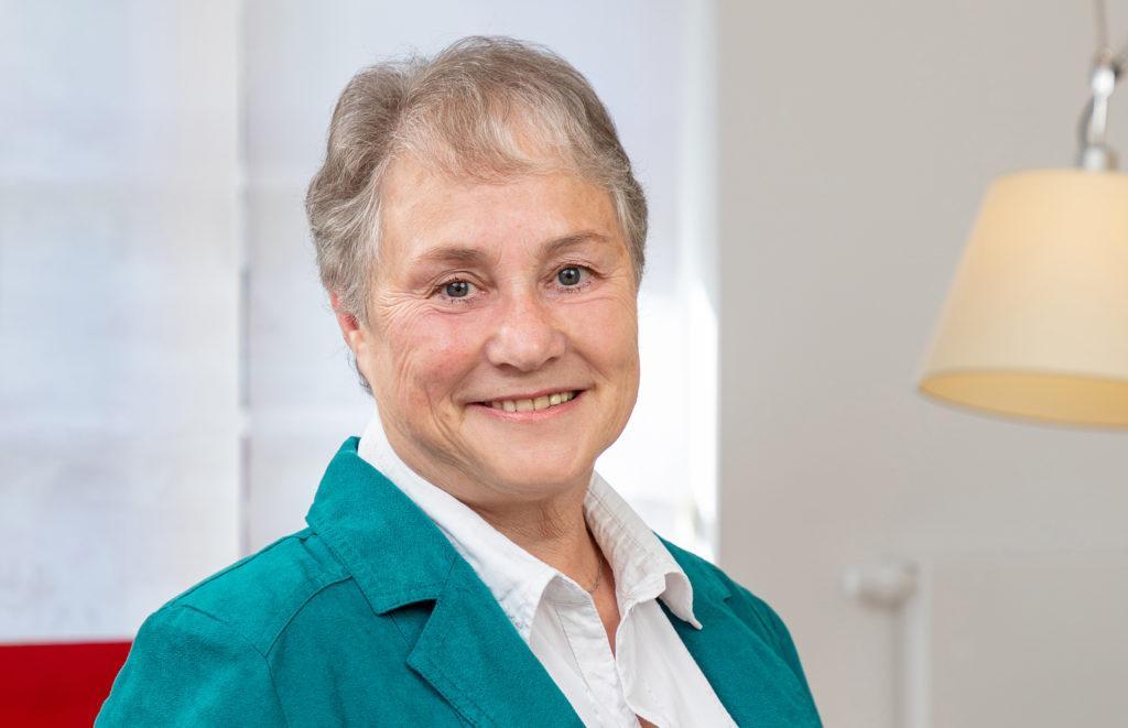 Angelika Schröder Sekräterin der Könenkamp Immobilien