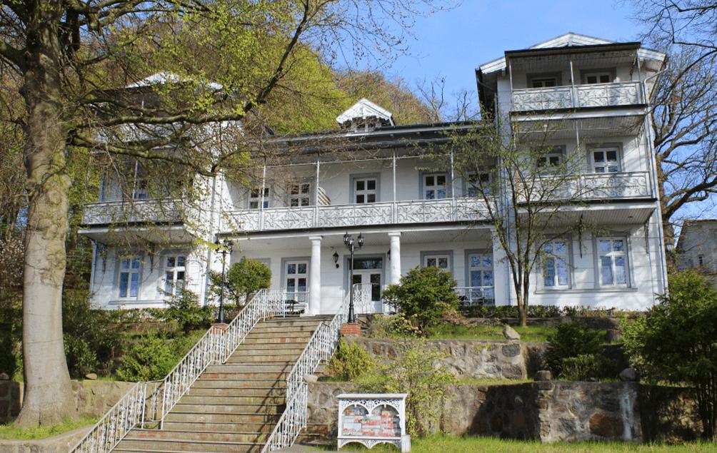 "Verkauf der Bädervilla ""Sanssouci"" durch Könenkamp Immobilien"